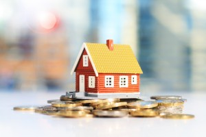 property investment 300x200 Expert tips for Investing in Property