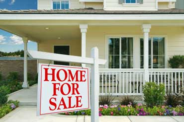 invest in real estate Why Should You Invest Your Money In Real Estate?