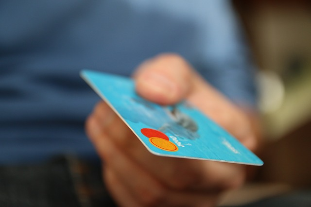 maxpixel.freegreatpicture.com Shopping Business Money Pay Card Credit Card 256314 How To Deal With Bad Credit